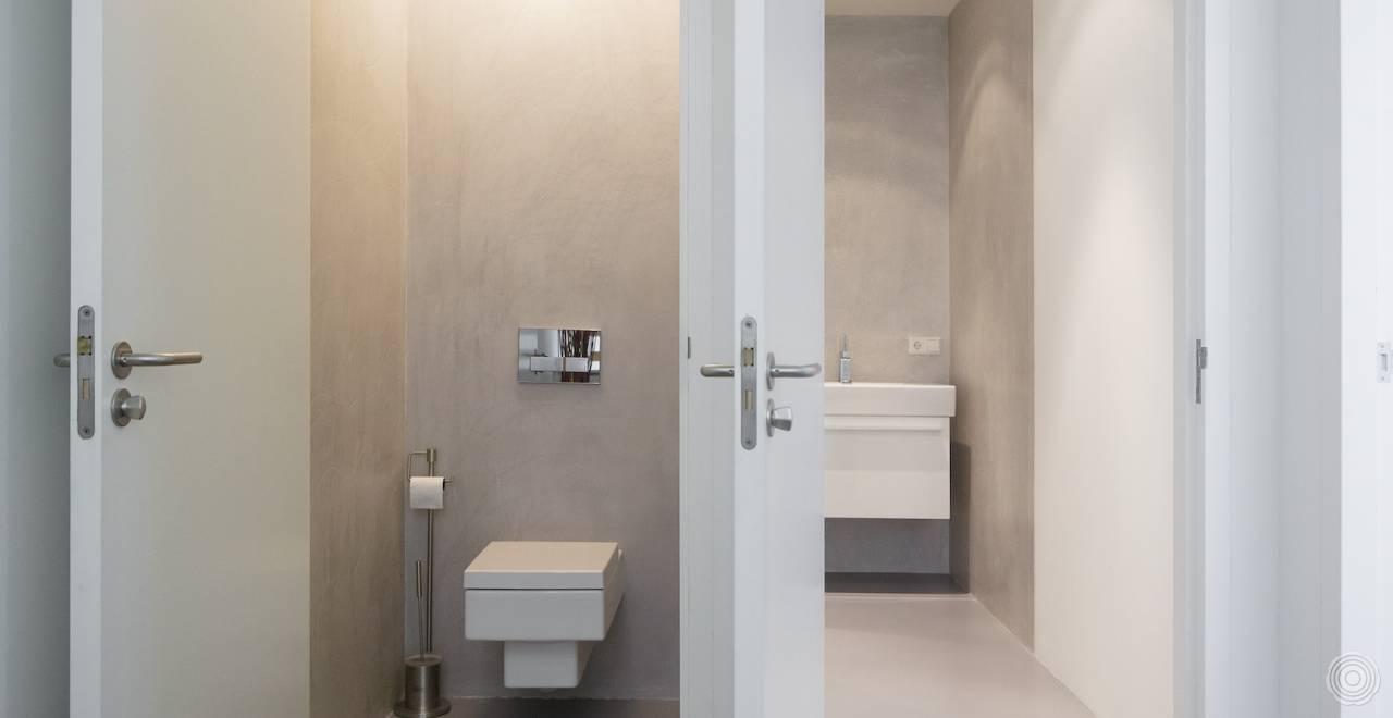 Badkamer Met Gietvloer : Gietvloeren voor badkamers en doucheruimtes u senso gietvloer